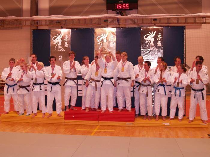 SH: Gull BK-judo, sølv Bodø JC, bronse Ippon JK