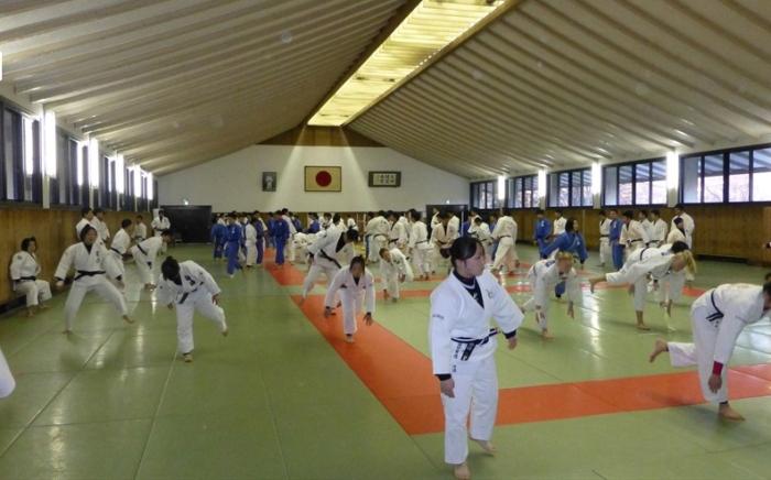 Trening på Tokaiuniversitetet. Foto: NTG