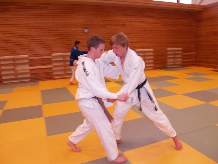 Jørgen Ruiz Garcia (t.v) og Henrik Reitan trener.