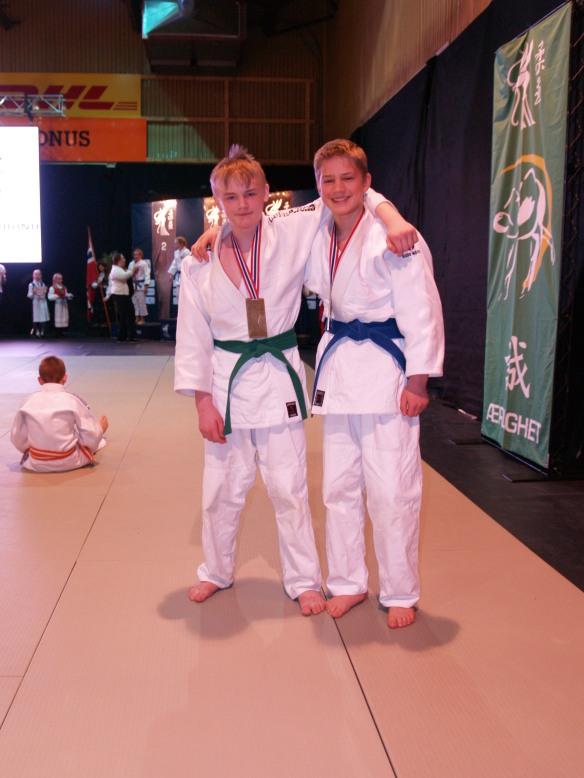 U15-66: bronsemedaljer til Lavrans Lysne Næss (t.v.) og Markus Leonardsen.