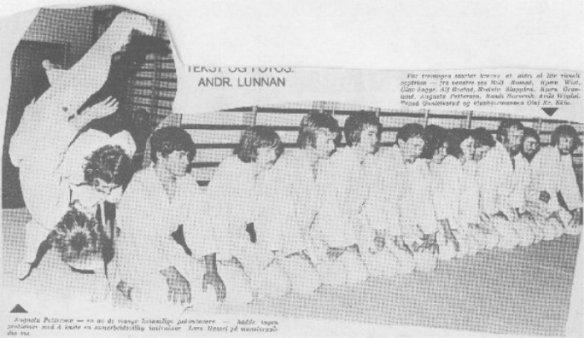 Line-up i Levanger Judoklubb i oppstartsåret 1972. Alf Birger nr 4 fra venstre.
