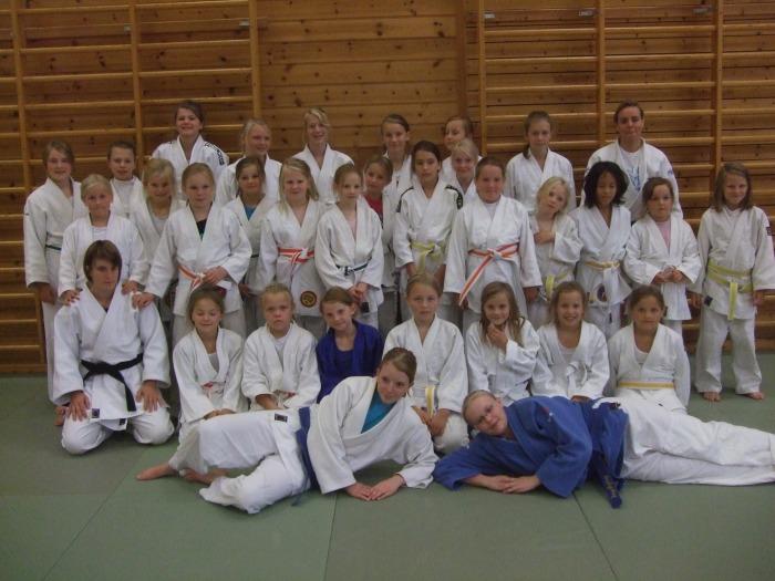 Over tretti jenter deltok på samlinga som ble ledet Stine Lastein.
