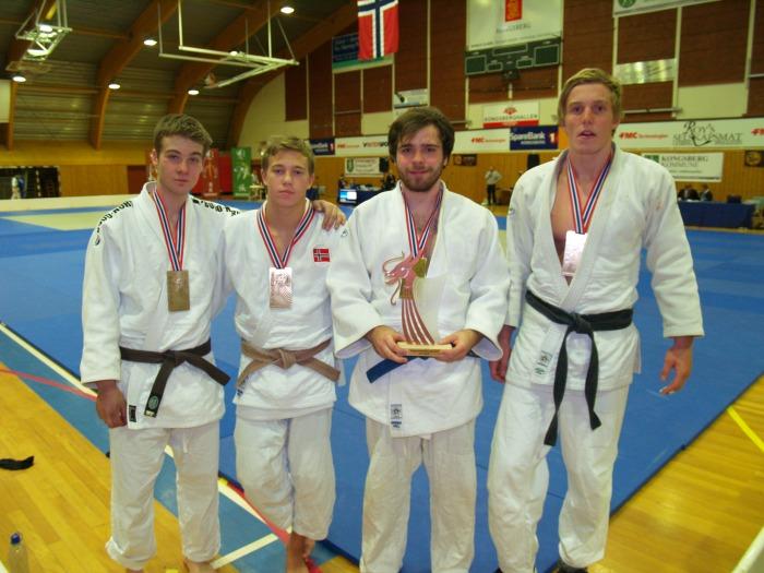 Bronse i U21, f.v.: Jørgen Ruiz Garcia, Linus Angel Vinje, Iver Finanger Nesbø og Henrik Reitan.