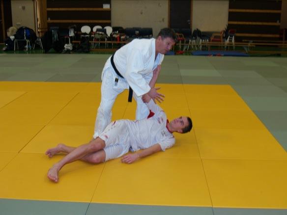 Ivar Sollie Rønning er nå en av LFKs profilerte spillere. Som tidligere judoutøver måtte han finne seg i å være uke for Snorre Johansen.
