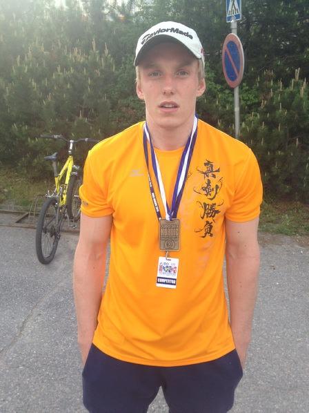 Bronse i U21-90 til Henrik Reitan i Nordisk.