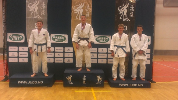 Lavrans Lysne-Ness mottar bronse i U18 -81