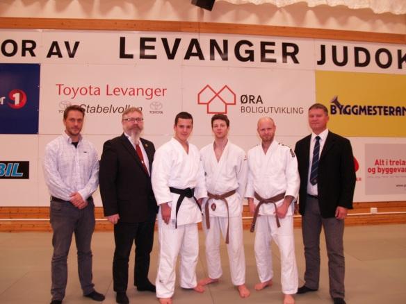 F.v.: Jørgen Hillestad, Alf Birger Rostad, Eirik Fotland, Georg Brandtzæg, Arnstein Vestad  og Snorre Johansen.
