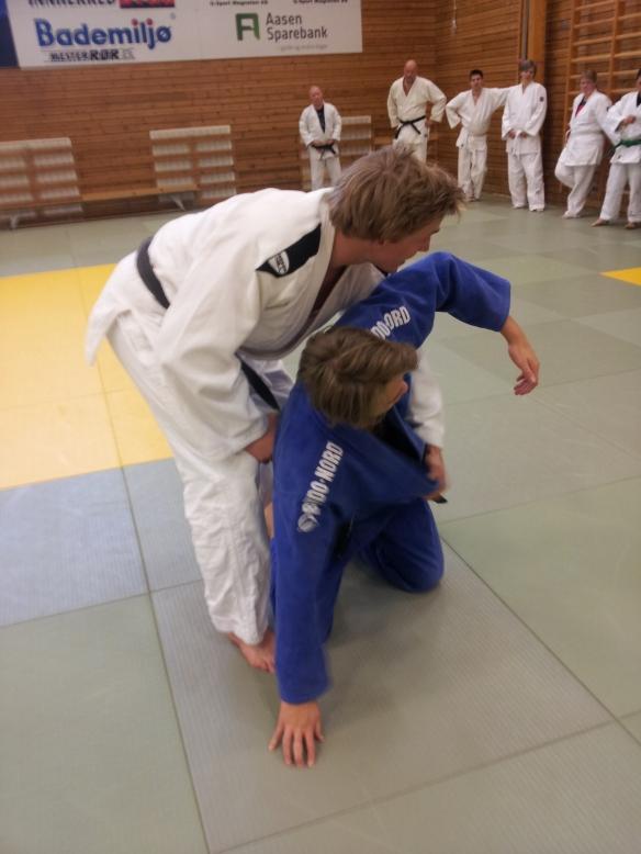Mange ville trene sammen med Henrik Reitan (hvit) og Linus Vinje andre påskedag.