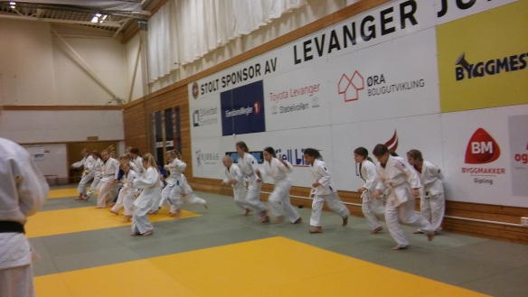 Tretti jenter deltok på samlinga.