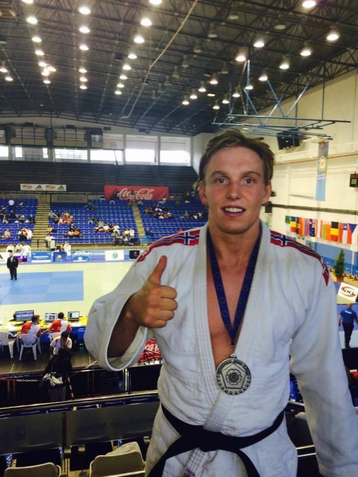 God følelse for Henrik Reitan med sølvmedalje rundt halsen.