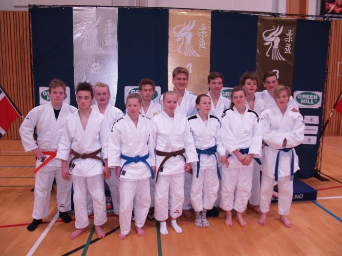 Deltakerne i Region Midt i klassene U18G, U18J, U18Mix og U21.