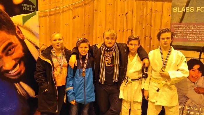 Fem deltakere -fem medaljer.